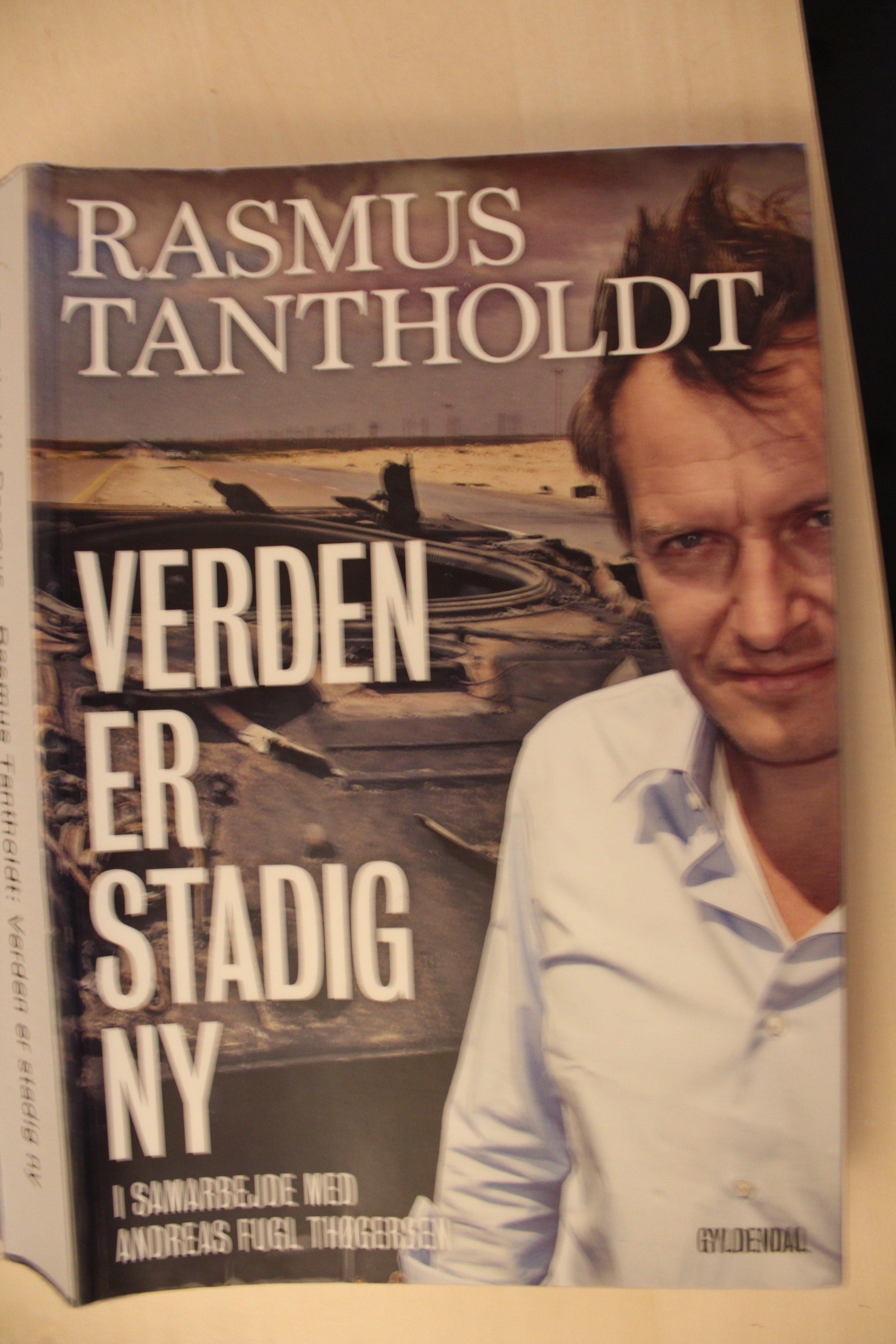 Verden er stadig ny forfatter Rasmus Tantholdt