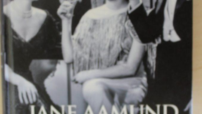 Onklerne og deres fruer forfatter Jane Aamund